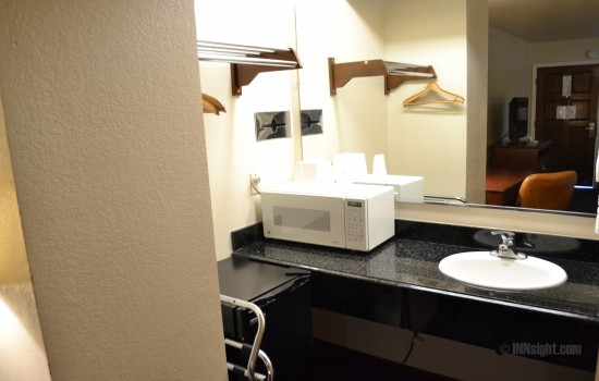 Valley Inn San Jose - Guestroom Amenities